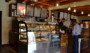 Starbucks Familiar Counter